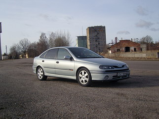 Renault  , 2000