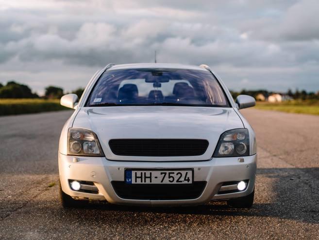 Opel Signum Irmscher, 2004