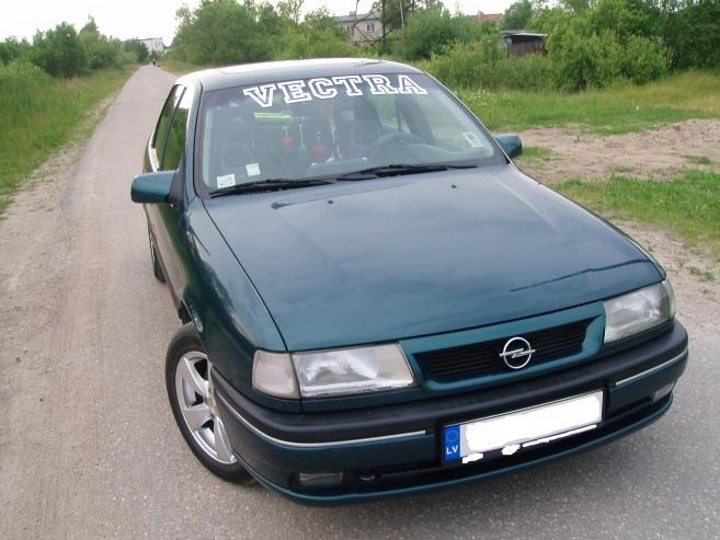 Opel Vectra 2.5 V6, 1995