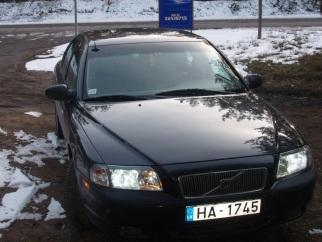 Volvo  , 2001