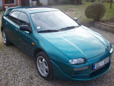 Mazda 323 , 1994