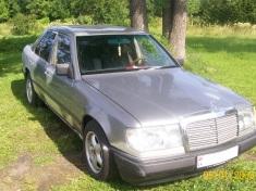 Mercedes-Benz 260 , 1986