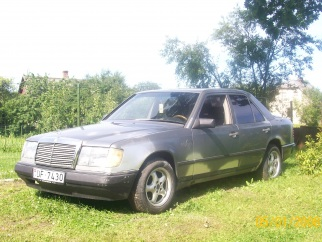 Mercedes-Benz  , 1986