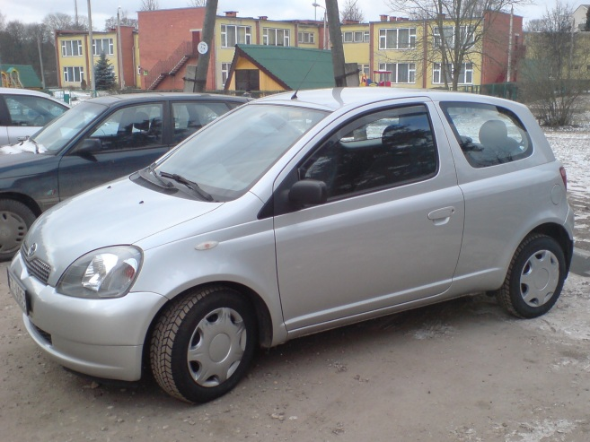 Toyota Yaris 1.0, 2001
