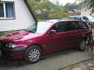 Toyota  , 1998