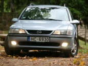Opel Vectra Caravan, 1998