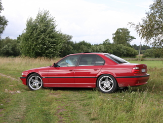 BMW 735 IMOLA RED, 1999