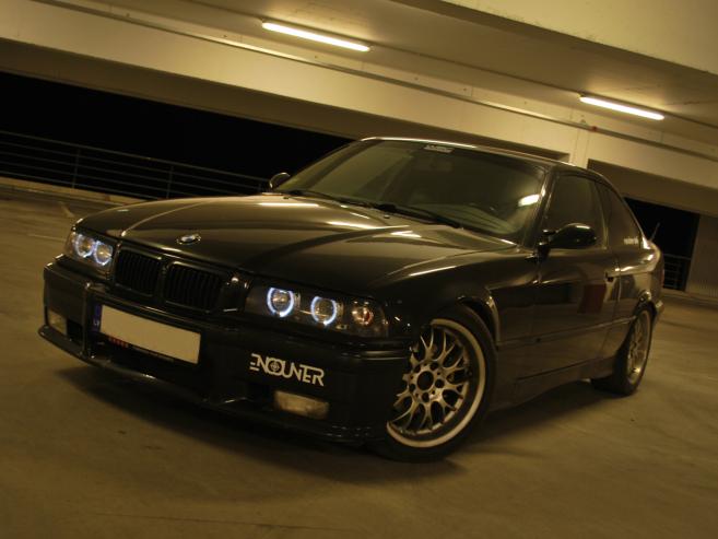 BMW 325 , 1993