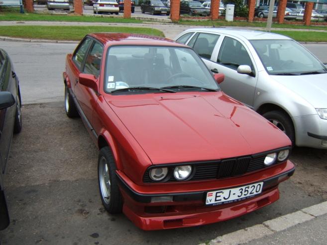 BMW 318 BMW E30 318i, 1989