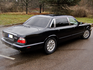 Jaguar  , 2000
