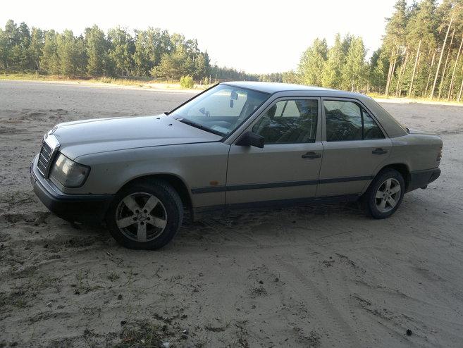 Mercedes-Benz 250 D w124, 1989