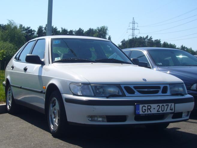 SAAB 9-3 baltais, 2000
