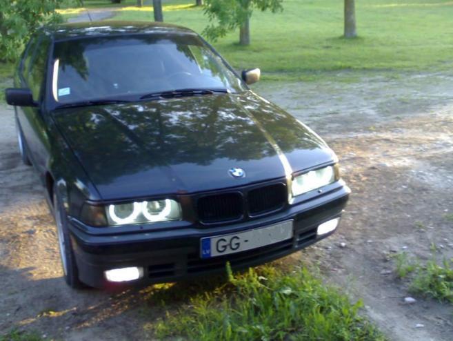 BMW 320 , 1993