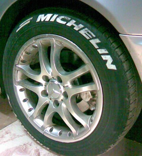 Mercedes-Benz , Skrūves lietajiem diskiem