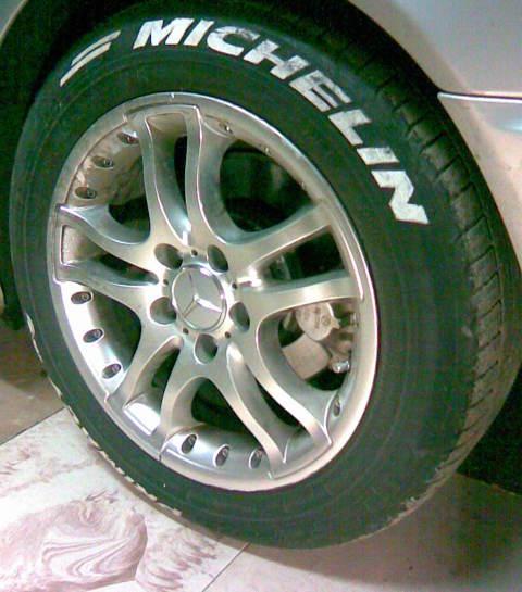 Mercedes-Benz , riepas un diski