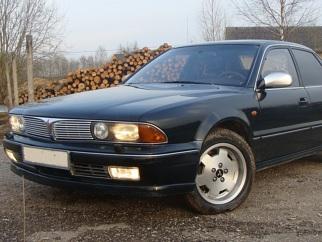 Mitsubishi 3.0 V6 , 1991