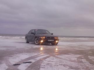 BMW  , 2000