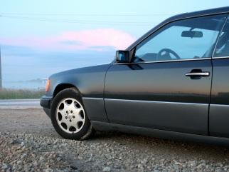 Mercedes-Benz CE , 1990