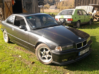 BMW IS , 1993