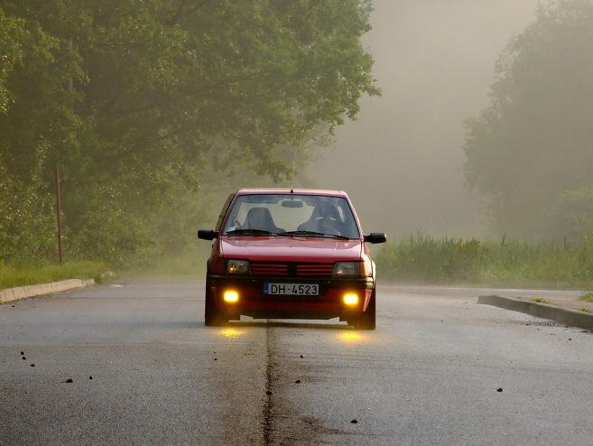 Peugeot 205 205 GTi, 1985