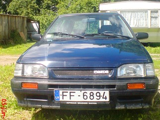 Mazda 323 universāls , 1993