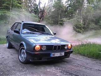 BMW  , 1989