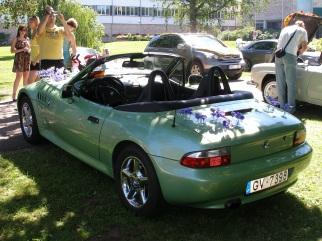 BMW  , 1998