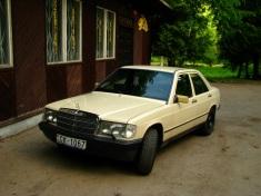 Mercedes-Benz 190 , 1985