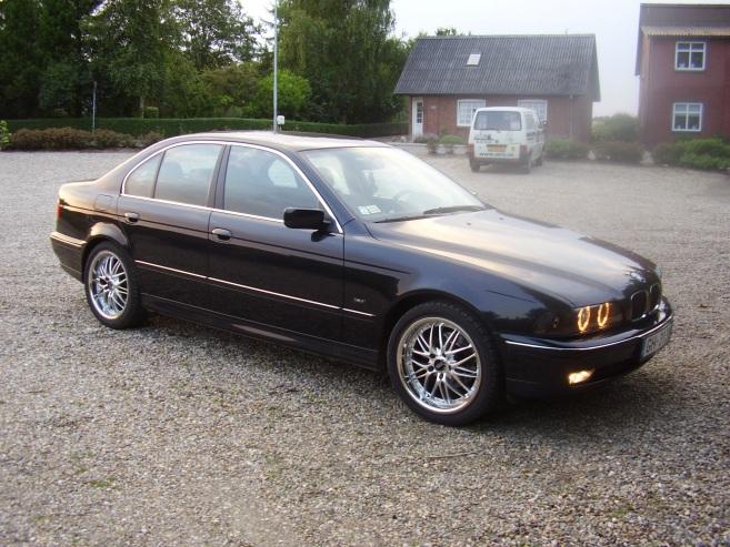 BMW 520 , 1999