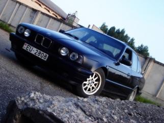 BMW  , 1994
