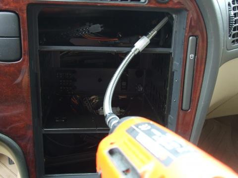SAAB , Mērinstrumentu paneļa apgaismojuma lampiņas nomaiņa