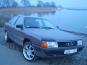 Audi 100 DīvānsXX, 1984