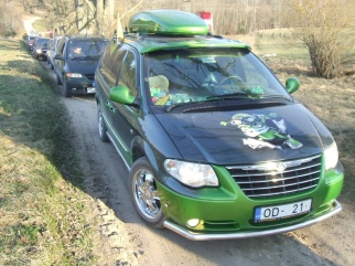 Chrysler Grand Voyager Vardīte, 2002