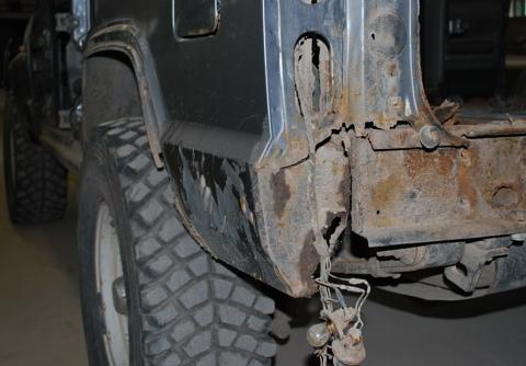 """Jeep Cherokee XJ, Virsbūves restaurācija jeb """"plastiskā operācija"""""""