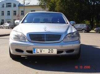 Mercedes-Benz  , 2002