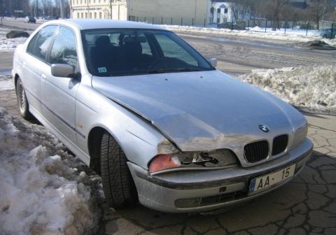 BMW , Avārija uz Brīvības Tallinas ielas krustojuma