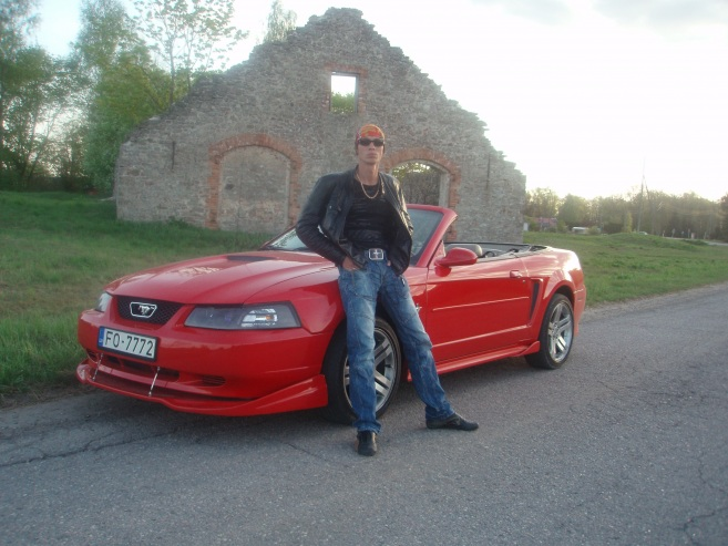 Ford Mustang Convertible, 2000