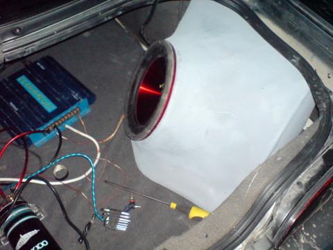Mazda MX-6 , Jaunas kastes wooferim