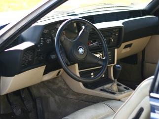 BMW  , 1985
