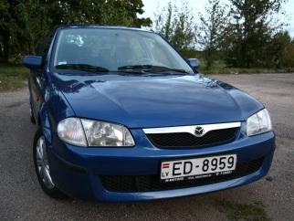 Mazda 323 , 2000