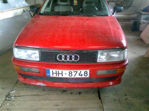Audi 90 , Hella black + uzacs