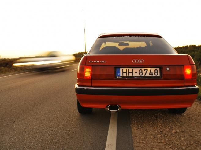 Audi 90 , 1989