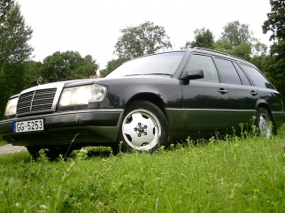 Mercedes-Benz  , 1992
